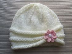 Knitting Pattern Girls Hat with Rolled Brim and a Flower in sizes months and years - Stirnband stricken Baby Hats Knitting, Baby Knitting Patterns, Baby Patterns, Free Knitting, Knitted Hats, Crochet Patterns, Knitting Sweaters, Knitting Yarn, Doll Patterns