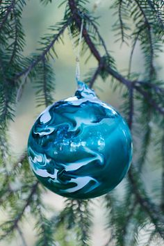 marbled glass ornament #anthrofave http://rstyle.me/n/tzhxspdpe