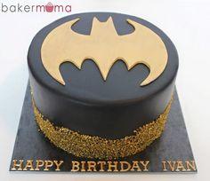 Batman cake More (birthday cake cookies dads) Batman Birthday Cakes, Batman Cakes, Batman Party, 5th Birthday, Happy Birthday, Teen Cakes, Cakes For Boys, Cake Cookies, Cupcake Cakes