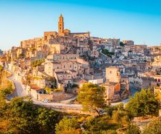 The artistic, cultural and gastronomic heritage of Italy is truly immense and allows us to designate numerous interesting destinations where it is possible to spend a wonderful weekend, with family, friends or your other half. In this list, we have selected the 10 best towns to visit in Italy at any time of the year, […] The post The 10 best towns for a long weekend in Italy appeared first on A Luxury Travel Blog.