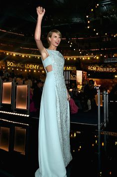 Taylor Swift in Reem Acra - Every Look from the 2015 Academy of Country Music Awards - Photos