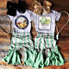 Skirts, pants, shorts, and vests! Source by susu_aucourant girl outfits Western Baby Clothes, Western Babies, Baby Kids Clothes, Baby Clothes Shops, Country Baby Clothes, Baby Girl Fashion, Toddler Fashion, Kids Fashion, Cute Baby Girl Outfits