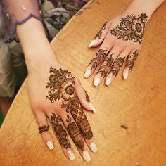 New Tattoo Lotus Design Drawings Ideas Henna Hand Designs, Eid Mehndi Designs, Mehndi Designs Finger, Latest Henna Designs, Arabic Henna Designs, Modern Mehndi Designs, Mehndi Design Pictures, Mehndi Designs For Fingers, Beautiful Mehndi Design