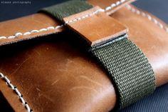 DIY: Leather clutch