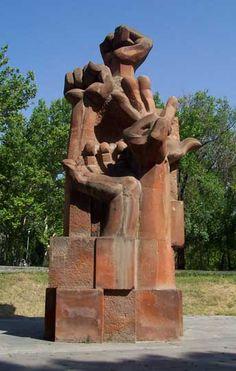 Peace Monument, Haghtanak Park (Victory Park), top of Cascade, Yerevan (Armenia). Forest Resort, Yerevan Armenia, Armenian Culture, Cradle Of Civilization, Seven Wonders, My Heritage, Outdoor Art, Beautiful Places To Visit, Les Oeuvres