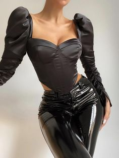 Edgy Outfits, Classy Outfits, Cute Outfits, Fashion Outfits, Womens Fashion, Pantalon Vinyl, Corset Outfit, Leather Corset, Leather Pants