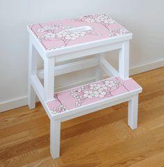 Pattern on Ikea step stool