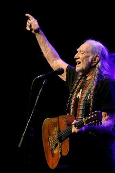 Willie Nelson set to star in new movie filmed at iconic Texas ranch Country Western Singers, Country Music Artists, Country Music Stars, Full Nelson, Texas Music, I Love School, Music Love, Pop Music, Beau Mirchoff