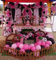 Cow Birthday Parties, Farm Birthday, Farm Animal Party, Cowboy Party, Farm Theme, Baby Party, Balloon Decorations, Farm Animals, First Birthdays