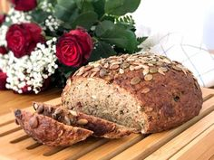 Glutenfri sportlimpa | Glutenfria godsaker Snack Recipes, Healthy Recipes, Snacks, Bread And Pastries, Fika, Bread Baking, A Food, Healthy Eating, Healthy Food