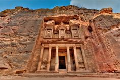 16. Petra. Jordan | 20 Awe-Inspiring Landmarks that You Really Have to See | EarthTripper|