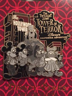 Mickey Mouse, Minnie Mouse, Daisy Duck, Donald Duck and Goofy are dressed as the hotel guests from the Twilight Zone Tower of Terror™ who mysteriously disappeared on Halloween night. The Fab 5 are fea
