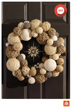 : Wrap Christmas balls to dress your door with a DIY winter wreath. Fabric Christmas Trees, Christmas Gift Decorations, Christmas Balls, Rustic Christmas, Holiday Crafts, Christmas Wreaths, Christmas Crafts, Christmas Ornaments, Xmas