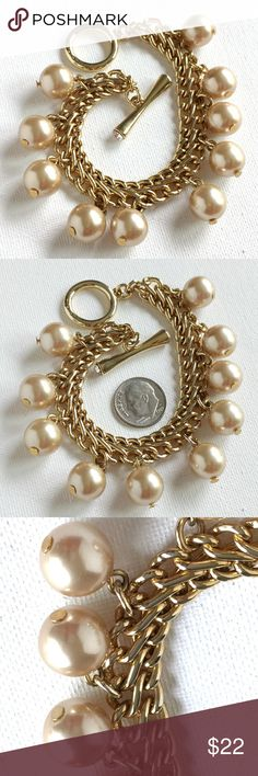 daintybracelet Faux pearl chain bracelet Vintage classic sparkly jewelry. 7 12 inches long