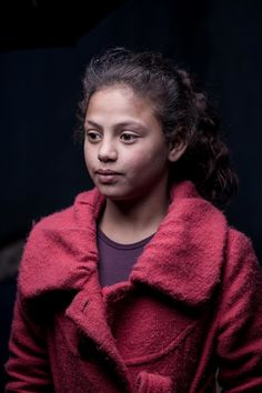 Portrait of a Syrian girl in the Bekaa Valley, Lebanon. Photo of the refugee by photographer Martin Thaulow.