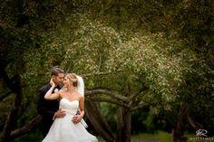 Summer bride & Groom. © Matt Ramos Photography