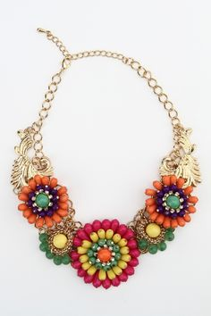 statement necklace with beautiful colors!