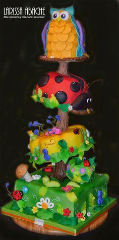 Tarta de bosque fantasia. Cake art