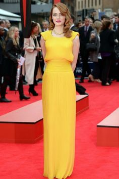Emma Stone wears yellow Versace dress to Spider-Man 2 premiere