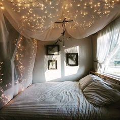 No matter what I do, I'll never top this starry sleepspace I had back when I was young and still living at home. (at Seattle, Washington)
