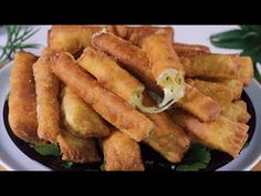 Existuje mouka a sýr💯 Vytvořte lahodný, levný a snadný recept👌 také velmi krátké - YouTube Finger Food Appetizers, Appetizer Recipes, Dessert Recipes, Aperitivos Finger Food, Cheap Easy Meals, Cheese Rolling, Beignets, Relleno, Mexican Food Recipes
