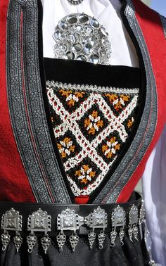 Folk Costume, Costumes, Cultures Du Monde, Going Out Of Business, Antique Photos, Traditional Dresses, Norway, Scandinavian, Europe