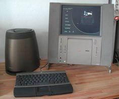 1997 – 20th Anniversary Macintosh. Edición limitada para celebrar el vigésimo aniversario de la creación de Apple Computer