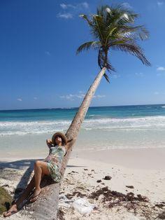 Tulum palm tree - location spot ideas