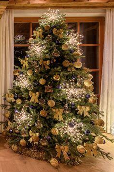 Alberi Di Natale Addobbati Eleganti.134 Fantastiche Immagini Su Alberi Di Natale Originali E Fai