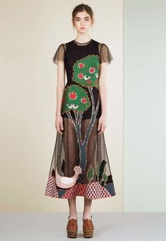 Red Valentino, Look #1
