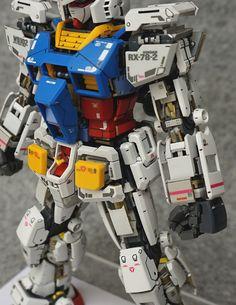 MG 1/100 RX-78-2 Gundam Ver. 3.0 'Open Hatch' - Customized Build     Modeled by 飞向怪兽岛
