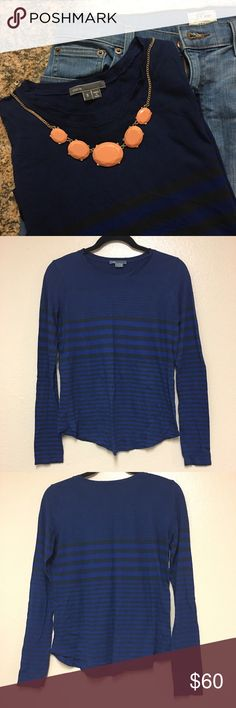 🆕•Vince Crew Neck Long Sleeve Top• I am selling long sleeve Vince stripped black and blue top. This top is made of 50/50 prima/cotton blend. This top is in excellent used condition and open to reasonable offers NO TRADE. Vince Tops Tees - Long Sleeve