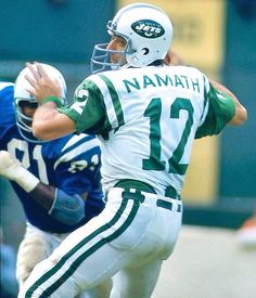 Joe Namath looks to pass during the New York Jets game against the Baltimore Colts on Sept. 1972 at Memorial Stadium in Baltimore. Nfl Football Players, Football Photos, Football And Basketball, School Football, Football Cards, Football Helmets, Football Moms, Giants Football, Baseball Cards