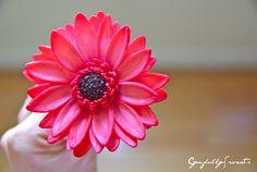 Gumpaste Flowers  - Large Daisy