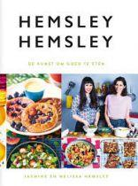 Hemsley en Hemsley en hun eigen kijk op eten: Boil your Bones Boil your bones staat op het linnen tasje met daarin het kookboek van de twee Engelse zusjes Hemsley + Hemsley, de kunst om goed te eten. Fontaine Uitgevers, €29.95 Hemsley + Hemsley is de achternaam van de zusjes Jasmine en Melissa en van het gelijknamige familiebedrijf. In 2010 ...