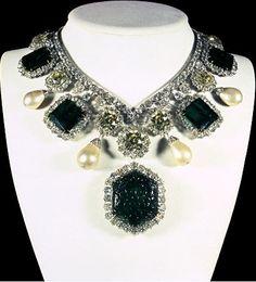 Royal Family of Iran jewels
