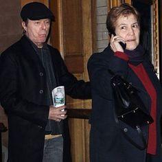 David Bowie and Coco Schwab #davidbowie #bowie #BowieForever #pop #DavidBowieForever #starman #ziggystardust #cocoschwab #rock #glamrock #70s #80s #90s #friends #gentleman #thinwhiteduke #blackstar #goodday #perfect #bowietribute #music #thebest #beauty #friendship #weekend #friday #beautifulbowie #デヴィッドボウイ #дэвидбоуи