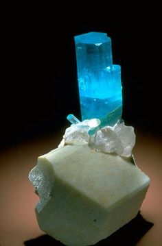 Beryl with microcline and quartz.