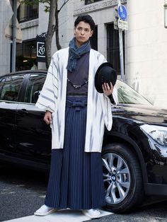 Formal outfit with scarf Japan Fashion, Mens Fashion, Fashion Outfits, Male Kimono, Men's Kimono, Modern Kimono, Kimono Design, Men In Kilts, Japanese Outfits