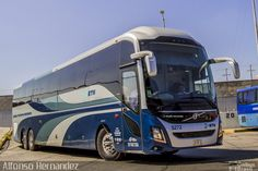 Luxury Bus, Mexico, Trucks, Vehicles, Design, Volvo Trucks, Cord Automobile, City, Cars