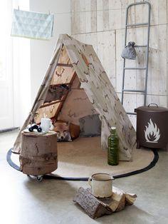 Kamperen kan natuurlijk ook binnen! Knus hoekje voor echte avonturiers - Stijlbloem Studio