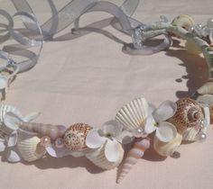 マーメイド気分*貝がらで作った『シェル冠』がビーチウェディングにぴったり♡にて紹介している画像