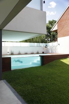 Modern House With Above-Ground Swimming Pool | Shelterness