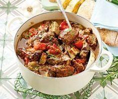 Pin on One pot vegan Pin on One pot vegan Goulash, Slow Cooker Spaghetti, Pork Stew, One Pot Dinners, Good Food, Yummy Food, Easy Casserole Recipes, Light Recipes, Brunch Recipes