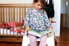 Allez viens jouer avec nous à la bibliothécaire ! (+ Printable) - Eloely - Lire la suite : http://www.eloely.com/kids/7456-allez-viens-jouer-avec-nous-a-la-bibliothecaire-printable-07-10-2015/