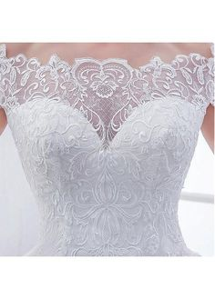 Buy discount Elegant Tulle Off-the-shoulder Neckline Ball Gown Wedding Dresses With Lace Appliques at Dressilyme.com