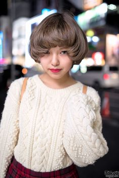 Oversized Cable Knit Sweater, Plaid Skirt & Loafers in Harajuku Tokyo Fashion, Harajuku Fashion, French Bob, Cute Bob, Asian Street Style, Harajuku Girls, Retro Hairstyles, Bob Styles, Mori Girl