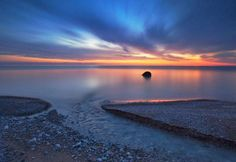 Bayfield Beach - photo taken by Wayne Simpson Lake Pictures, Beach Photos, Cool Photos, Beautiful Pictures, Bayfield Ontario, Ontario Beaches, Lake Beach, Good Old Times, Lake Huron