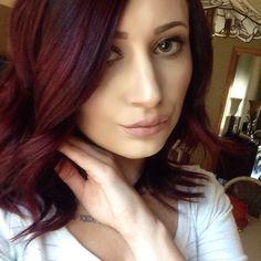 Cherry coke hair, mauve lips. Fall hair and makeup