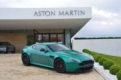 Aston Martin V12 Vantage S - Viridian Green